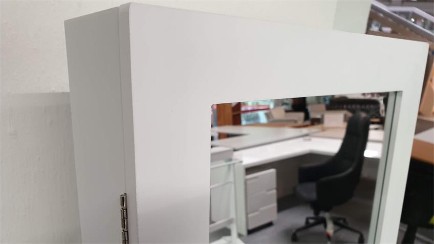 Schmuckschrank weißer Standspiegel mit Schrank für Accessoires