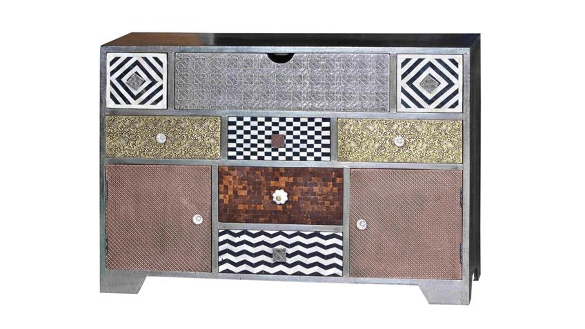 Sideboard Metal & Bone Mango Metall Kokosnussschale Knochen
