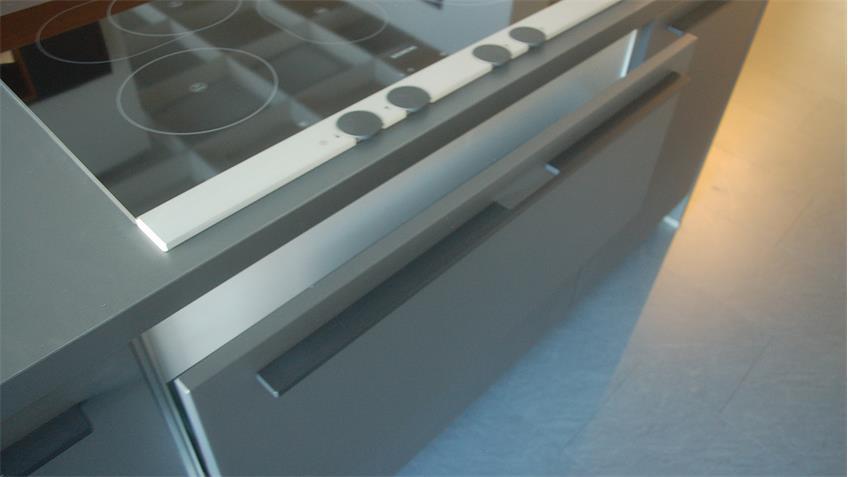 Einbauküche Schüller next125 Ausstellungsküche Küche Insel  E-Geräte