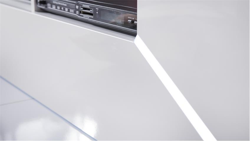 Mediawand RACE in weiß Hochglanz inkl. RGB-Beleuchtung
