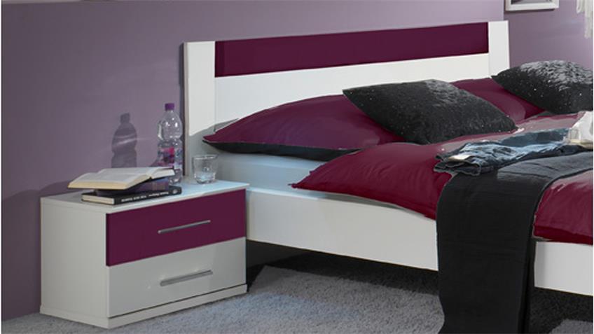 Schlafzimmer NORINA in weiß und  brombeer Doppelbett Kleiderschrank