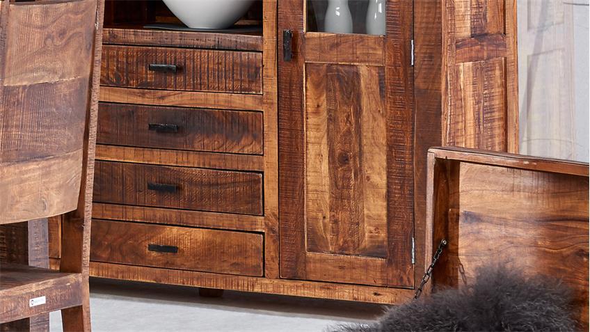 highboard guru 6627 2 t rig in akazie massiv forest von wolf m bel. Black Bedroom Furniture Sets. Home Design Ideas