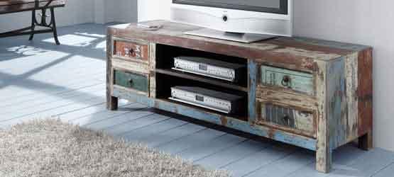 Upcycling-Möbel bei Möbel AKUT